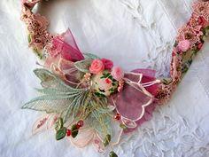fr_collier_vintage_romantique_la_roseraie_