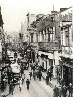 Old Pictures, Old Photos, Little Paris, Vintage Architecture, Bucharest Romania, Belgrade, Old City, Paris Skyline, Istanbul