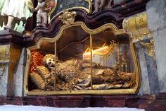Jeweled Skeletons of Europe  The remains of St Maximus, Basilica of Waldsassen