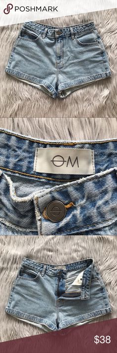 """OM Light Wash Super High Waist Denim Shorts Light blue wash super high waist denim shorts by OM. Size 28. These have a """"Mom Jean"""" vintage kinda vibe. In excellent, pre-worn condition!  ✨🛍 Measurements 🛍✨ Waist: 28"""" Rise: 11.5"""" Inseam: 2""""  🙅🏻 NO TRADES 🙅🏻 OM Shorts Jean Shorts"""