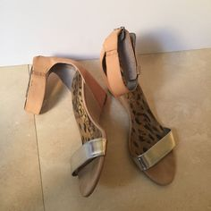 Sam Edelman sandals 11 Sam Edelman short heeled wedge sandals. Size 11. True to size. In good condition, a few marks on the heels, normal wear and tear. Pretty with jeans or dresses. Sam Edelman Shoes Sandals