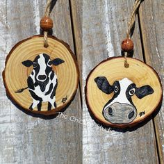 Choose one of these adorable cow ornaments to moooove in with you! Cow Ornaments, Wooden Christmas Ornaments, Christmas Tree With Gifts, Painted Ornaments, White Christmas, Christmas Crafts, Cow Craft, Christmas Tree Drawing, Wood Slice Crafts