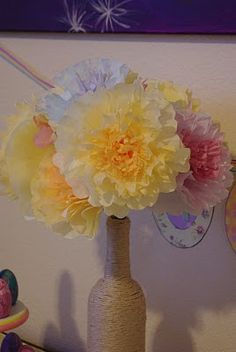 Coffee Filter Flowers {Tutorial} ~ Mom's Crafty Space