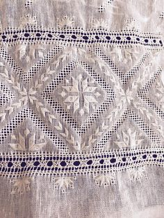 Hardanger Embroidery, Hand Embroidery, Embroidery Designs, Drawn Thread, Bargello, Embellishments, Cross Stitch, Blanket, Elsa