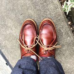 エシュン 今日はスマホデビューしたいという母に付き合います これからメールを使ってみようとする向上心はたいしたものです #heschung #shoes #mensshoes #sotd #shoesoftheday #エシュン #紳士靴 #革靴