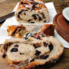 hot cross bun loaf with apple filling/ bonheurcuisine