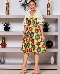 Glamorous Ankara Styles For The Year 2019 - Eazy Vibe Ankara Dress Styles, Trendy Ankara Styles, Ankara Gowns, Simple Dresses, Nice Dresses, Casual Dresses, Simple Dress Pattern, Dress Patterns, African Fashion Dresses