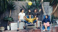 Salen a la venta en eBay treinta fotografías inéditas de los Beatles y los Rolling Stones http://w.abc.es/2hn4px