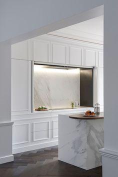 Modern Kitchen Interior Minosa Design: The Hidden Kitchen - Sydney's Eastern Suburbs Home Design, Küchen Design, Design Ideas, Home Luxury, Luxury Houses, Luxury Decor, Hidden Kitchen, Kitchen Small, Kitchen Island
