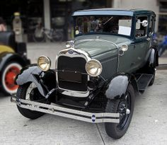 1929 Ford Model A Sedan | 1929 Ford Model A town sedan front 3q | Flickr - Photo Sharing!