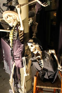 Harris Sisters GirlTalk: Skeleton Party Goers! Front Porch Halloween Decoration