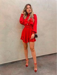 Vestido Gola Alta Luiza Vermelho Casual Dress Outfits, Summer Dress Outfits, Spring Outfits, Cute Outfits, Red Outfits, Outfit Vestido Rojo, Chic Dress, Beautiful Dresses, Fashion Dresses