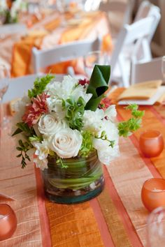 Simple little creamsicle centerpiece, Colonial Dames wedding, Philadelphia.
