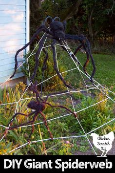 Get the garden ready for Halloween by turning basic white clothesline into an impressive giant clothesline spider web! It's an easy and cheap way to get in the Halloween spirit in minutes! Easy Halloween Crafts, Cheap Halloween, Outdoor Halloween, Halloween Ghosts, Spirit Halloween, Halloween Ideas, Homemade Halloween, Halloween Projects, Fall Crafts