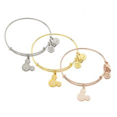 In silver or rose gold. Mickey Mouse Snowflake Icon Bangle - Alex and Ani Cheap Silver Rings, Silver Rings With Stones, Disney Princess Rings, Alex And Ani Disney, Disney Belle, Disney Fun, Disney Stuff, Disney Magic, Disney Parks