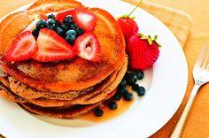 Zdravý a lehký dezert z pohanky zachutná i odpůrcům zdravé výživy.  Více o receptu se dozvíte zde: https://www.facebook.com/ZdraveHubnuti/posts/243470002507553 Potřebujete zhubnout? Nyní konzultace s nutričním odborníkem za 200 Kč. Stačí kliknout: http://www.dietaprovas.cz/?utm_source=pinterest