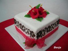Hibiscus, Cake, Food, Pie Cake, Meal, Cakes, Essen, Hoods, Cookies