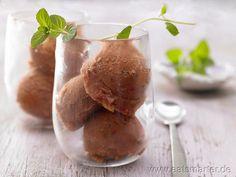 Tomaten-Chili-Sorbet - smarter - mit frischer Minze. Kalorien: 24 Kcal | Zeit: 20 min. #ice-cream