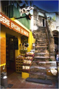 Boulangerie ~ Epicerie du marché, Provence