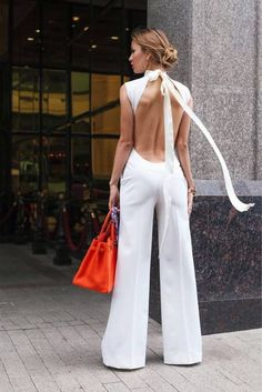 Super macacão :o♥♥♥♥♥ white outfits, white outfit party, Beauty And Fashion, Look Fashion, Passion For Fashion, Fashion Outfits, Womens Fashion, Fashion Trends, Latest Fashion, Classy Fashion, White Fashion