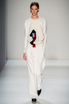 Victoria Beckham Fall 2014, Look 23: - The designer's Pop Art graphics are always a welcome addition, livening up her soigné monochromatic looks.