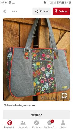 Loving the latest Goin Uptown tote using this gorgeous print ? Loving the latest Goin Uptown tote using this gorgeous Bari. Handbag Patterns, Bag Patterns To Sew, Patchwork Bags, Quilted Bag, Denim Patchwork, Fabric Tote Bags, Diy Bags Purses, Wallet Pattern, Tote Pattern
