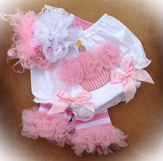 Cake Smash Bloomer Set - Bloomers, Leg Warmers and Bow - 1st Birthday Pictures - SAVE 10% WIth Coupon Code LOVE10