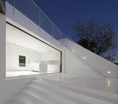 modern white house -  by XTEN Architecture