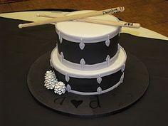 fondant drum cake.