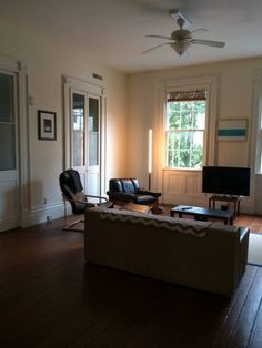Spacious 1 Bedroom Apartment - vacation rental in Charleston, South Carolina. View more: #CharlestonSouthCarolinaVacationRentals