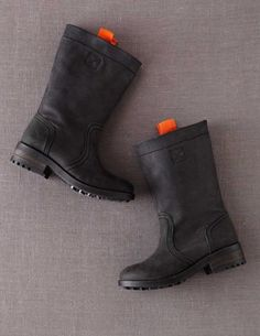 I've spotted this @BodenClothing Casual Nubuck Boots Black
