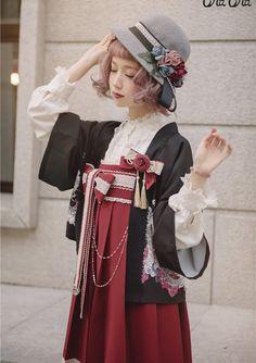 NyaNya Lolita -Love and Death- Wa Lolita Haori Harajuku Fashion, Japan Fashion, Kawaii Fashion, Lolita Fashion, Cute Fashion, Fashion Outfits, Kimono Tradicional, Mode Mori, Moda Lolita