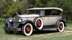 1931 Packard Custom Eight Sport Phaeton - (Packard Motor Car Company Detroit, Michigan 1899-1958)