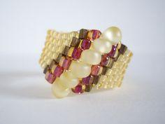 Peyote ring Woven ring Seed bead ring Beaded ring by MisakoBeads, £7.00