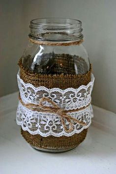 Great DIY wedding idea for a rustic wedding! Find everything you'll need to do this project at Dallas Design Supply! Pot Mason Diy, Burlap Mason Jars, Mason Jar Vases, Bottles And Jars, Mason Jar Crafts, Bottle Crafts, Rustic Wedding Centerpieces, Vase Centerpieces, Wedding Decorations