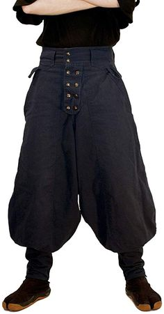 Made out of a heavy Cotton Twill, the Steeplejacks are based on the style of pants worn by Japanese construction workers known as Tobi Pantalon Costume, Medieval Clothing, Medieval Pants, Medieval Costume, Mens Fashion, Fashion Outfits, Character Outfits, Streetwear, Work Pants