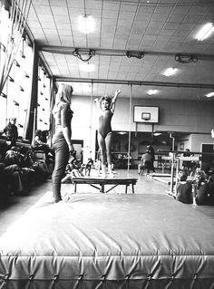 Amsterdam, Slotermeer. Gymnastiekvereniging Slotermeer.  In de van de Zweepschool. Jaren '70 Amsterdam, Gym Equipment, Workout Equipment