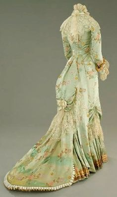 The silk gown worn by Countess Olenska (Michelle Pfeiffer) in 'The Age of Innocence'.                                                                                                                                                                                 More