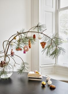 Fairy and practical, the light garland is an integral part of the holiday season to bring our interior a touch of magic. Outside, too, it is unveiled from every angle to dress terrace and balcony with a bright coat –… Continue Reading →