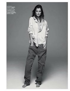 kasia struss by claudia knoepfel and stefan indlekofer for vogue russia september 2012