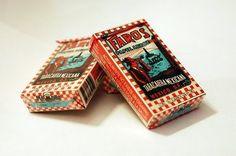 Una de las marcas más antiguas de cigarrillos y referente en la cultura popular mexicana surgida en la ciudad de Irapuato Guanajuato, México. Actualmente la agencia Y fue la encargada de renovación de marca (Lanzamiento al mercado de Faros en lata de aluminio y con filtro).