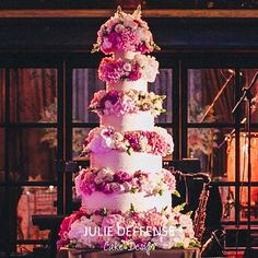 Luxury wedding cake by Julie Deffense of Julie Deffense Artistry. Sarasota, FL, Cascais, Portugal, Worldwide. Cake: Julie Deffense Photo: Gloria Aguiam Wedding Design: The Wedding Company Portugal Location: Ritz Four Seasons, Lisbon, Portugal