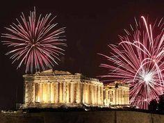 Revelion 2014 Grecia! Doar 20 Lei pentru a beneficia de preturi incepand cu 90 Euro pentru 3 nopti de cazare, masa festiva Revelion si trans...