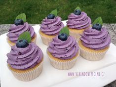 Brownie Cupcakes, Mini Cupcakes, Sweet Life, Cake Pops, Sweet Recipes, Cheesecake, Food And Drink, Sweets, Baking