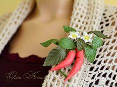 Красные перчики Брошь из кожи яркое украшение – купить в интернет-магазине на Ярмарке Мастеров с доставкой - DJDLTRU