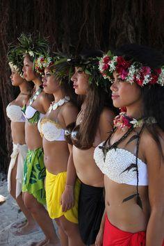 Vahine de Tahiti . . .