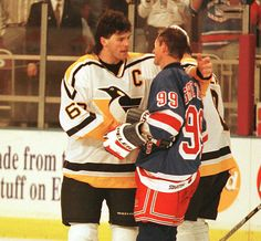 Jaromir Jagr embraces Wayne Gretzky after the Great One's final game in 1999.