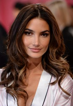 we're huge fans of Lily Aldridge's carmel colored locks