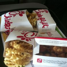 Love me some Chick-fil-A Chik Fil A Cow, Good Fried Chicken, Junk Food Snacks, Restaurant Recipes, Aesthetic Food, Food Cravings, Love Food, Food To Make, Snack Recipes
