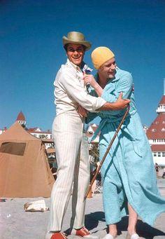 Tony Curtis y Jack Lemmon en el set de 'Con faldas y a lo loco' dirigida por Billy Wilder (1959)